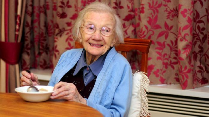 218333-jessie-gallan-thought-to-be-scotland-oldest-woman-at-108-years-old-puts-her-health-down-to-one-bow
